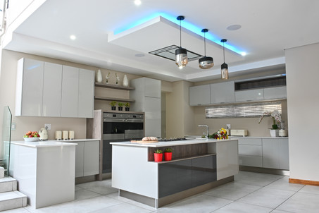 Ergo Designer Kitchens and Cabinetry | Modern Highgloss Kitchen