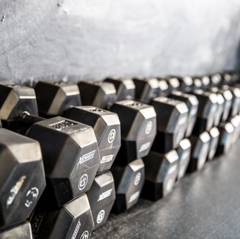 CrossFit Neumarkt Gewichte Hanteln