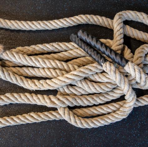 CrossFit Neumarkt viele Ropes