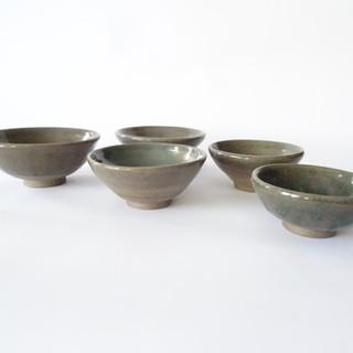 Set of 5 small bowls