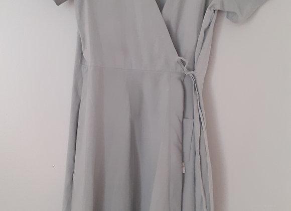 Robe mi-longue (L) portefeuille. Gris clair
