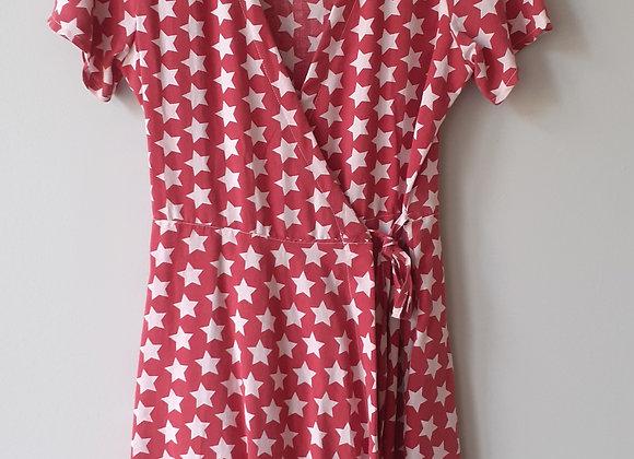 Robe mi-longue (M) portefeuille. Rouge foncé + etoiles blanc