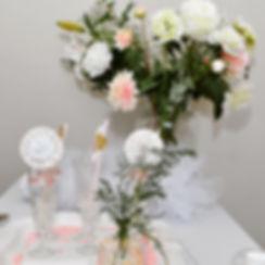 Feestelijk boeket Duurzaam boeket zijdebloemen Veldbloemen Dahlia's Feesttafel wit roze goud