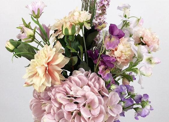 Plukboeket: blush, oud roze en lila tinten