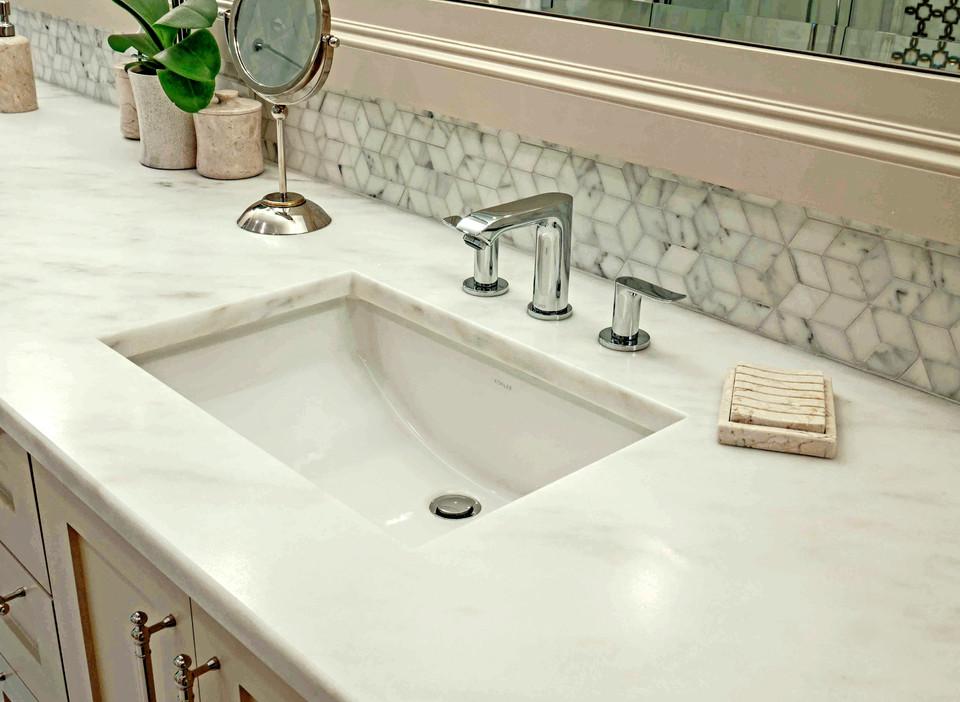 Master Vanity Sink