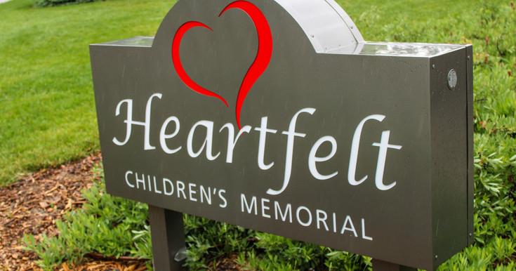 Heartfelt sign dedicated in 2020