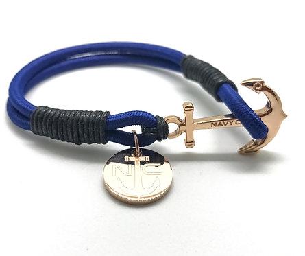 Pulsera en cordón engomado con ancla y medalla