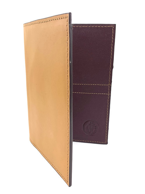 Porta Pasaporte LUX (Velvet-Coñac)