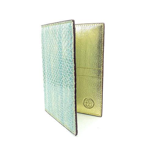 Porta Pasaporte LUX (Escamas Dorado)