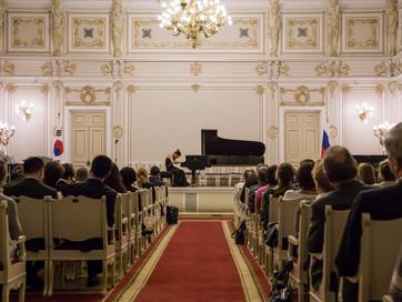 St. Petersburg Philharmonic (상트페테르부르크 필하모니아 연주)