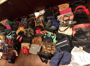 Omaha Chapter donates purses and bags
