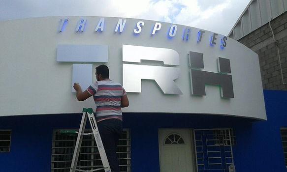 ALUMINIO CEPILLADO - TRANSPORTES TRH.jpg