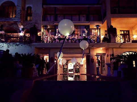carsons pool balloons.jpg