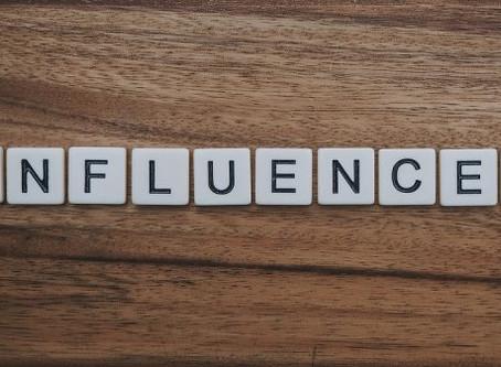 Como você pode se tornar um influencer das mídias sociais?