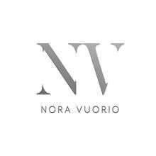 Nora Vuorio logovalkoinentausta-01.png