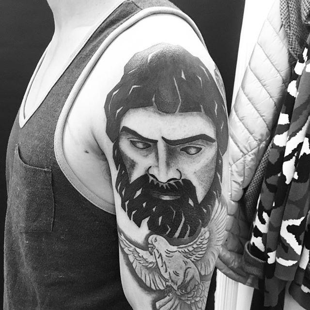 #zeustattoo #zeus #tattooart #tattooideas #ladytattooer #ladyluck608