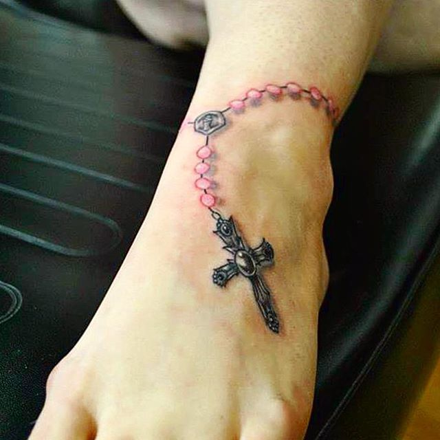 #rosary #religious #memorial #cancer #cross #tattoo #bdts #beardeddragontattoostudio #tellafriend #t