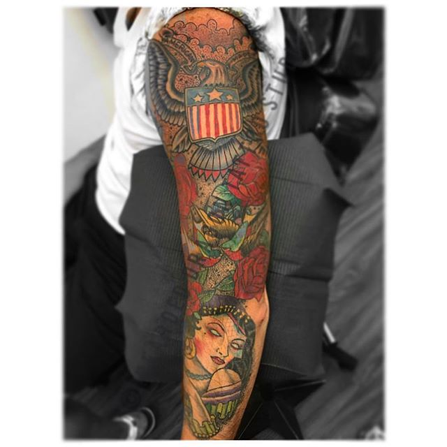 #traditionalsleevetattoo #Classic #Americana #gypsy #America #tattoo #supporttattooedmilitary #tella