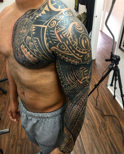 #poinofview #polynesiantattoo #maori #juxtapose #islandTATTOO #bdts  #beardeddragontattoostudionj #b