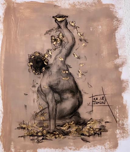Аполлон с золотыми листьями
