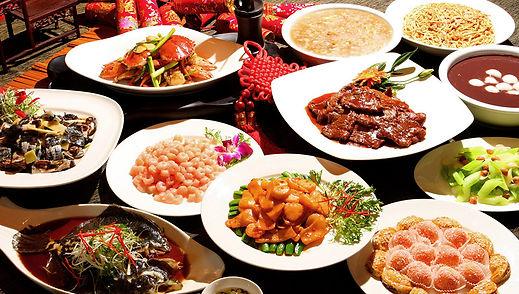Chinese_New_Year_Dinner.jpg