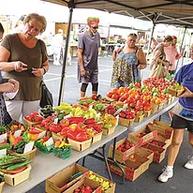 MAG-farmersmarketmag11-peppers.webp