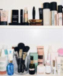 beauty cabinet2.jpg