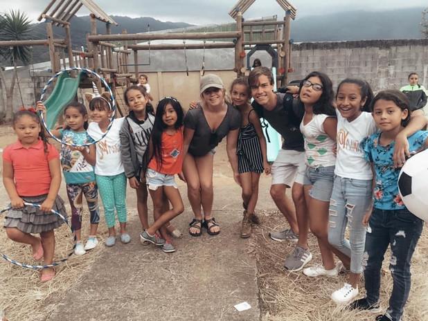 Soy_Niña_Group_Photo.jpg