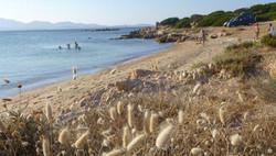 mała_plaża_za_Li_Cuncheddi