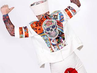 Александр Эгромжан расшифровал значение черепа на костюмах джигитов Александровых-Серж