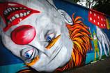 Тема цирка в эффектном стрит-арте