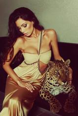 "Фото-проект ""LeopardShow"": сексуальные девушки и дикие кошки"