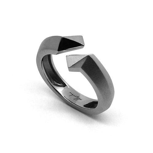 TWIST Ring (S) / Gun Metal