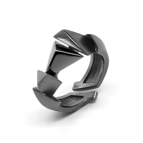 BERMUDEZ Ring (S) / Gun Metal