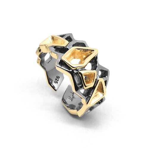WIREFRAME Ring (S) Black - 18K Yellow Gold