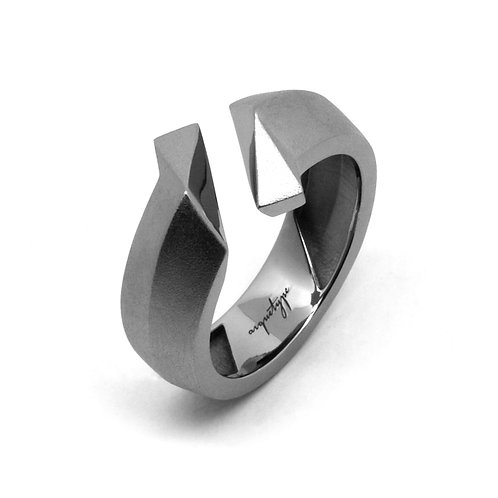 TWIST Ring / Gun Metal