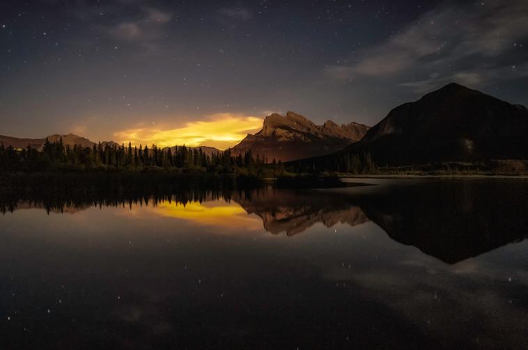 Sunset reflection at Vermilion Lakes, Banff