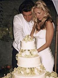 carolyn john cut cake.jpg