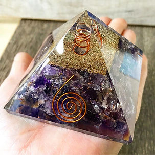 amethyst-orgone-pyramid-mysticwish.jpg