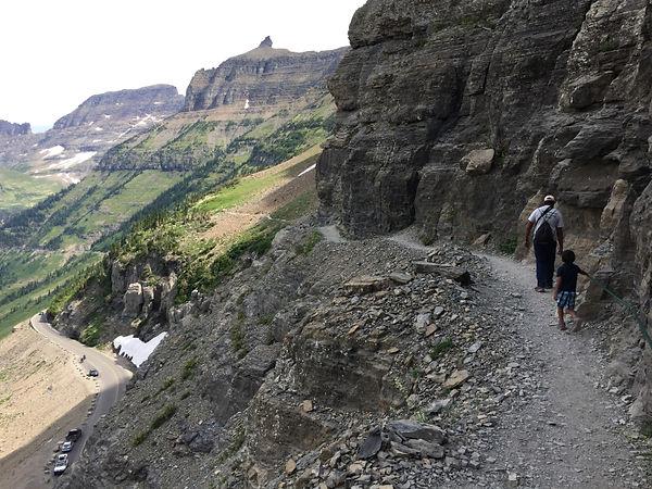hiking-higline-trail.jpg