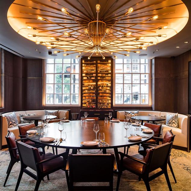 Custom light feature in restaurant