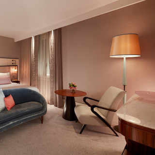 vcexr-kingrand-guestroom-5096-hor-clsc.j