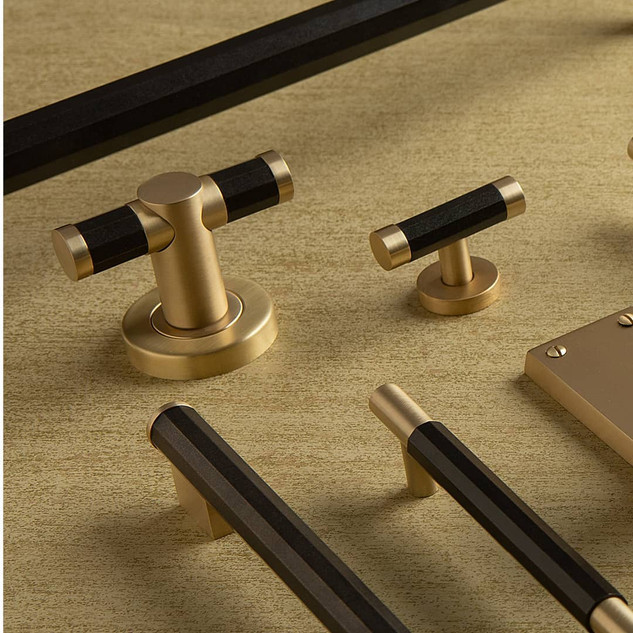 Brass and black bronze faceted range