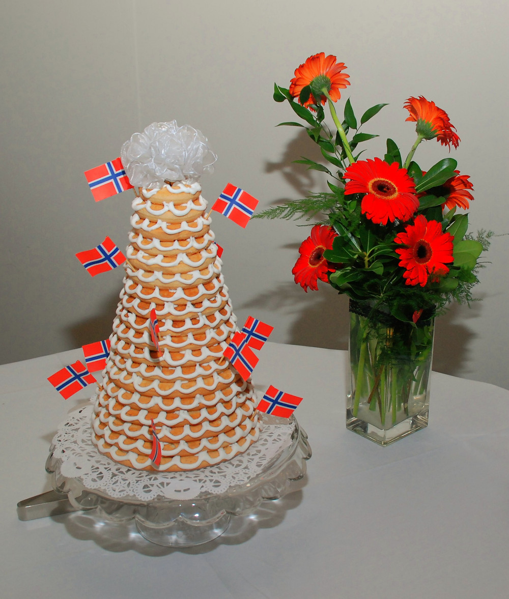 Norwegian Wedding Cake