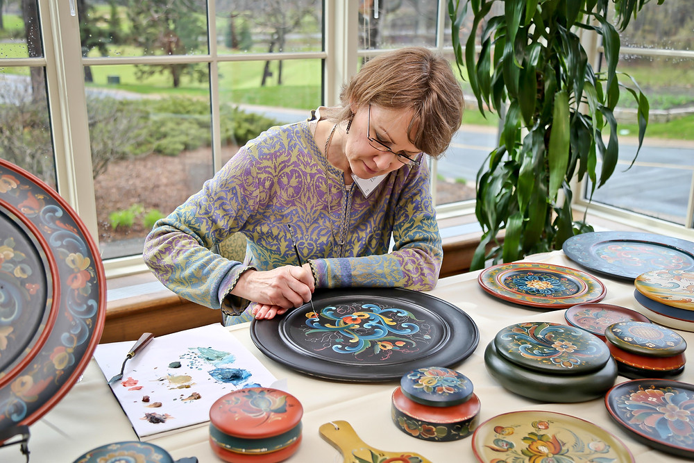 Ronna Thorson: Rosemaling