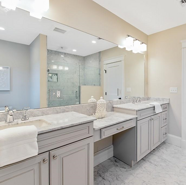 Masterbath in Painted Linen.png