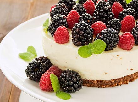 מתכון עוגת עוגת מוס גבינה ופירות יער