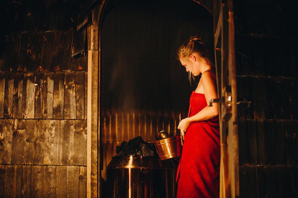 Anni Oviir at their home sauna.JPG