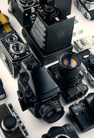 assorted-black-cameras-1983036.jpg