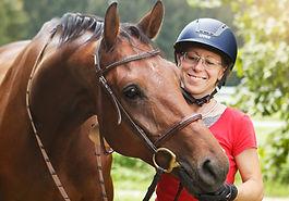 vielseitige Grundausbildung, Reitpferd, klassisch reiten, mobiler reitunterricht, Reitlehrerin, beritt, Jungpferd, Ausbildung reter und Pferd,